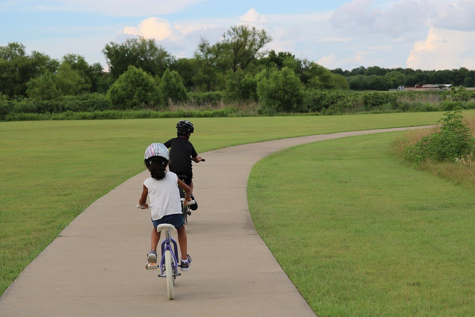 kid bike riding