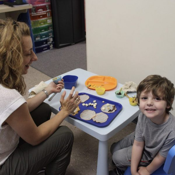 pediatric feeding therapy